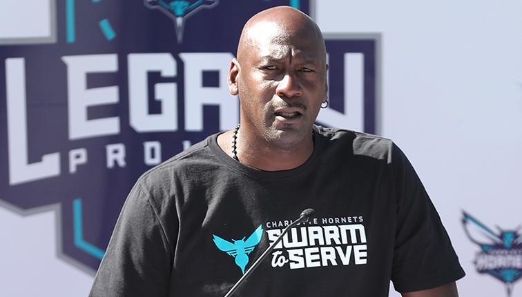 ไมเคิล จอร์แดน take over ทีม Charlotte Hornets