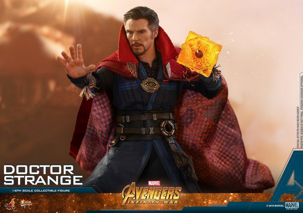 Avengers: Infinity War - 1:6 Doctor Strange Collectible Figure