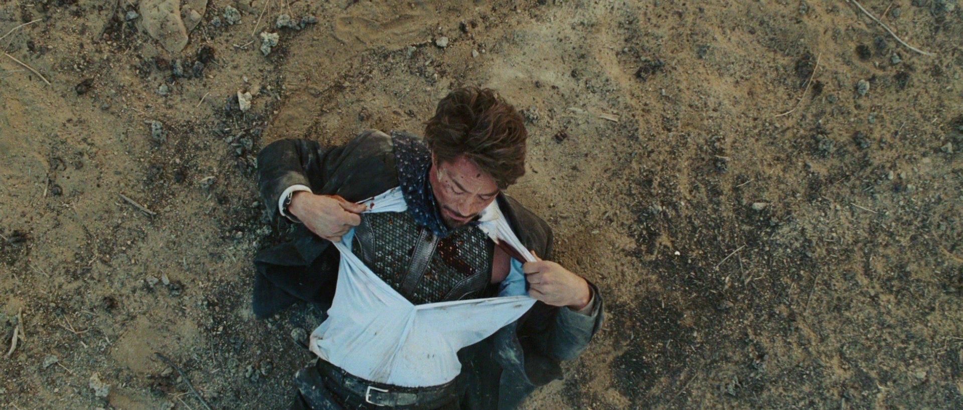 โทนี่ สตาร์ค โดนระเบิด