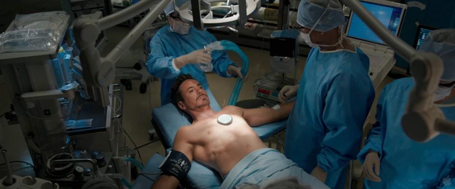 โทนี่ สตาร์ค ผ่าตัดหัวใจ