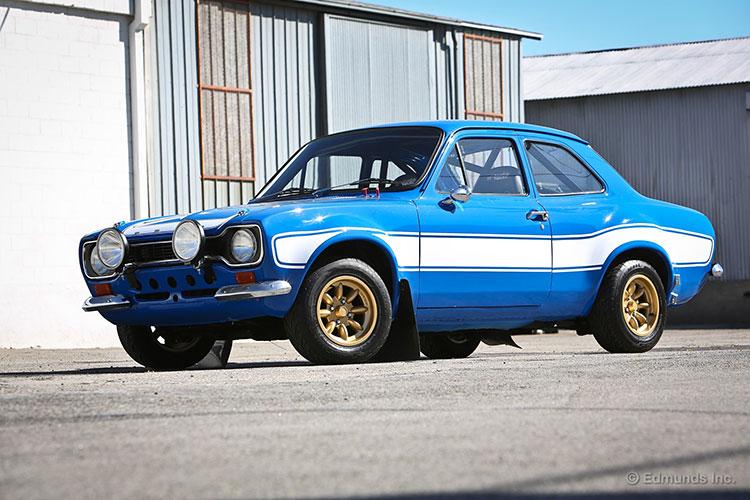 รถยนต์ Rally-Bred