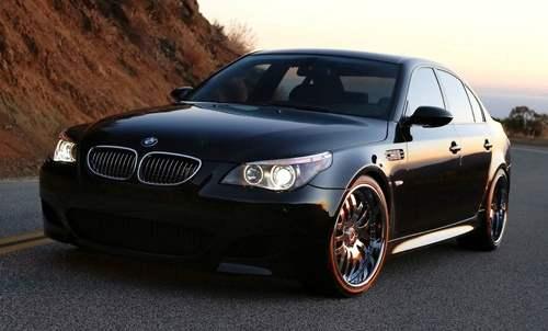 BMW E60 M5 ปี 2010